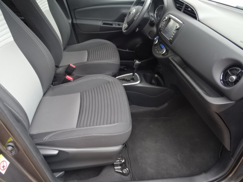 Toyota Yaris 100H DYNAMIC 5P Gris occasion à Mérignac - photo n°12