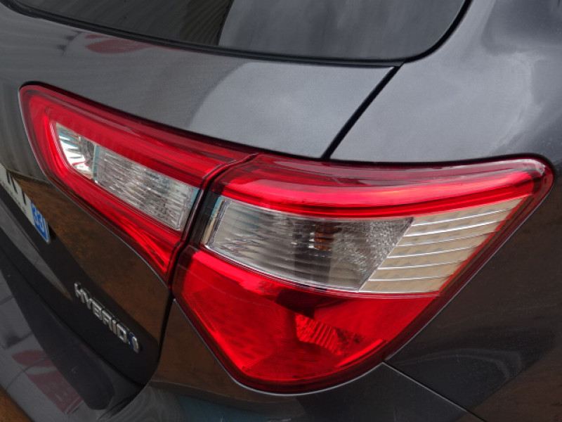 Toyota Yaris 100H DYNAMIC 5P Gris occasion à Mérignac - photo n°10