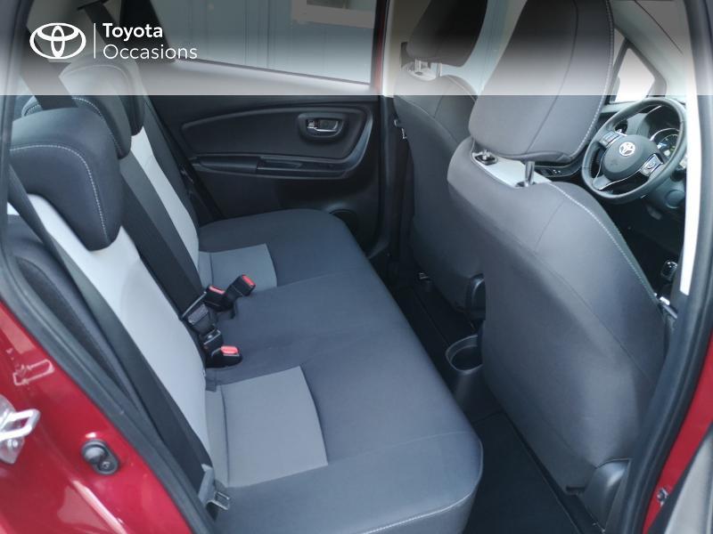 Toyota Yaris 100h Dynamic 5p Rouge occasion à Saint-Jouan-des-Guérets - photo n°7