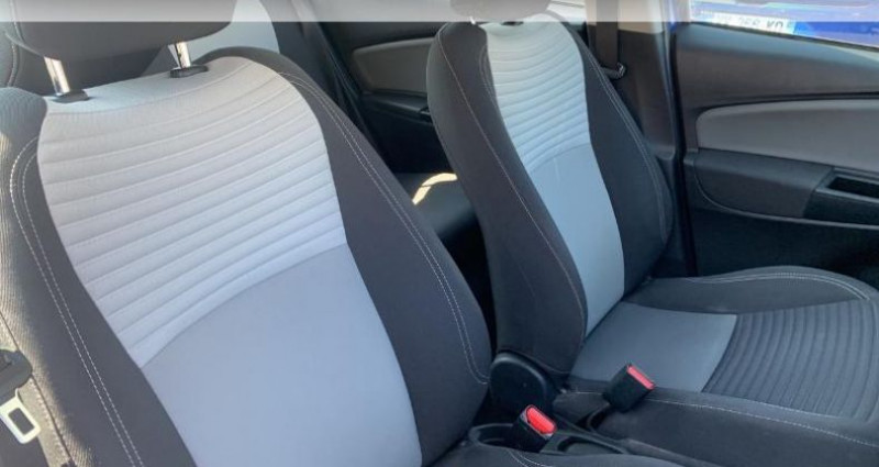 Toyota Yaris 100h France 5p Bleu occasion à Laxou - photo n°6