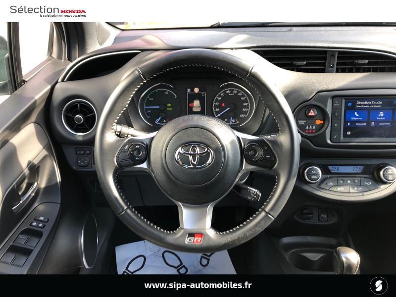 Toyota Yaris 100h GR SPORT 5p MY19 Blanc occasion à Le Bouscat - photo n°6