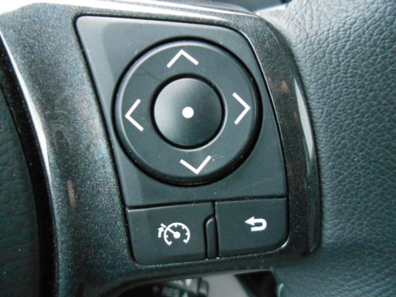 Toyota Yaris 110 VVT-i 20ème Anniversaire Noir occasion à Rodez - photo n°19