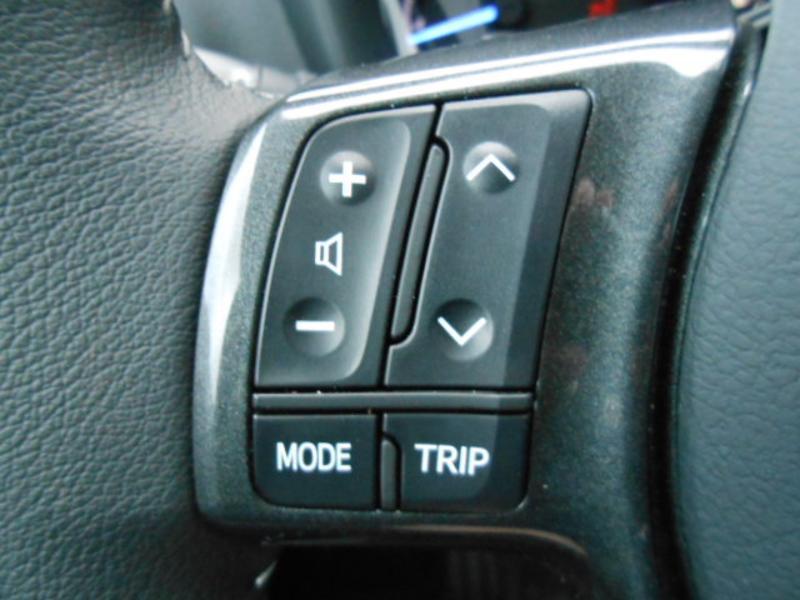 Toyota Yaris 110 VVT-i 20ème Anniversaire Noir occasion à Rodez - photo n°18