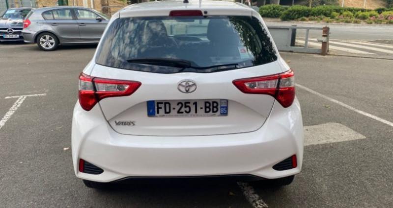 Toyota Yaris 110 VVT-I CHIC 5P Blanc occasion à REZE - photo n°4