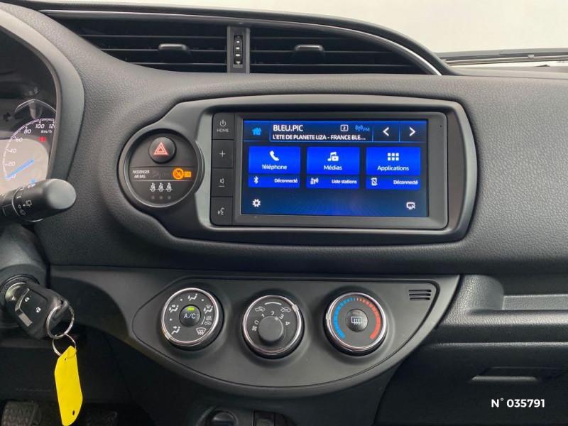 Toyota Yaris 110 VVT-i Design Y20 5p MY19 Noir occasion à Abbeville - photo n°11