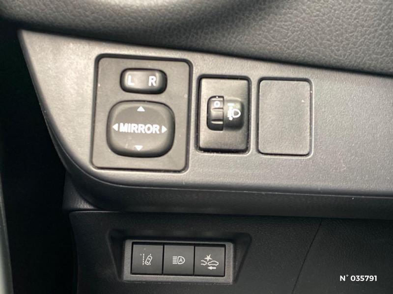 Toyota Yaris 110 VVT-i Design Y20 5p MY19 Noir occasion à Abbeville - photo n°15