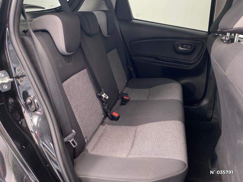 Toyota Yaris 110 VVT-i Design Y20 5p MY19 Noir occasion à Abbeville - photo n°5