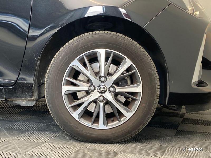 Toyota Yaris 110 VVT-i Design Y20 5p MY19 Noir occasion à Abbeville - photo n°9