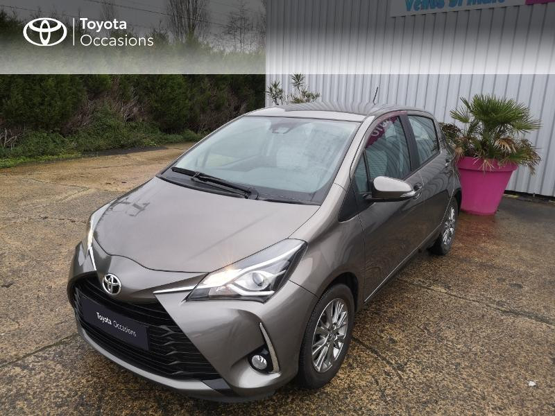 Toyota Yaris 110 VVT-i Dynamic 5p Gris occasion à Saint-Jouan-des-Guérets