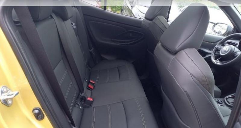 Toyota Yaris 116h Première AWD-i Noir occasion à Longuenesse - photo n°7