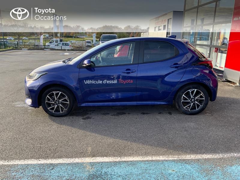 Toyota Yaris 120 VVT-i Design 5p Bleu occasion à NOYAL PONTIVY - photo n°3