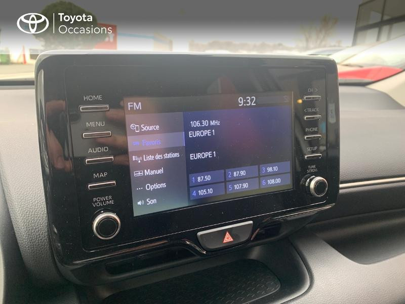 Toyota Yaris 70 VVT-i Design 5p Blanc occasion à CASTRES - photo n°15