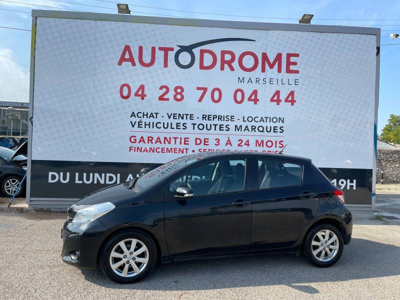 Toyota Yaris 90 D-4D Active 5p - 91 000 Kms Noir occasion à Marseille 10 - photo n°4