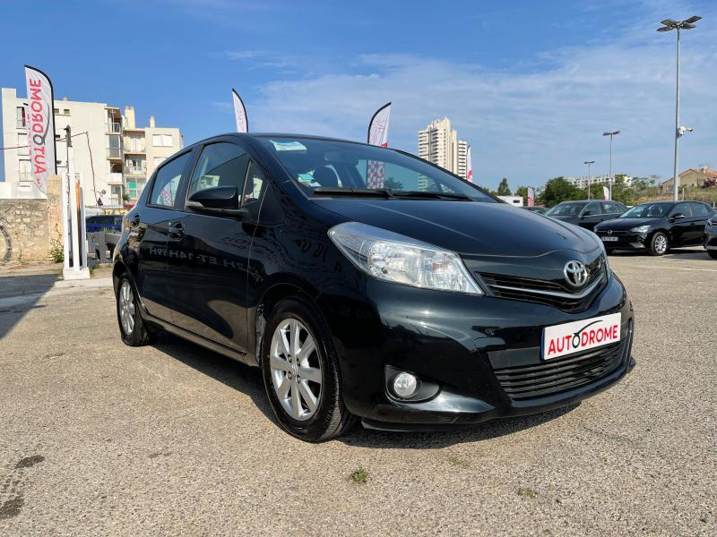 Toyota Yaris 90 D-4D Active 5p - 91 000 Kms Noir occasion à Marseille 10 - photo n°3