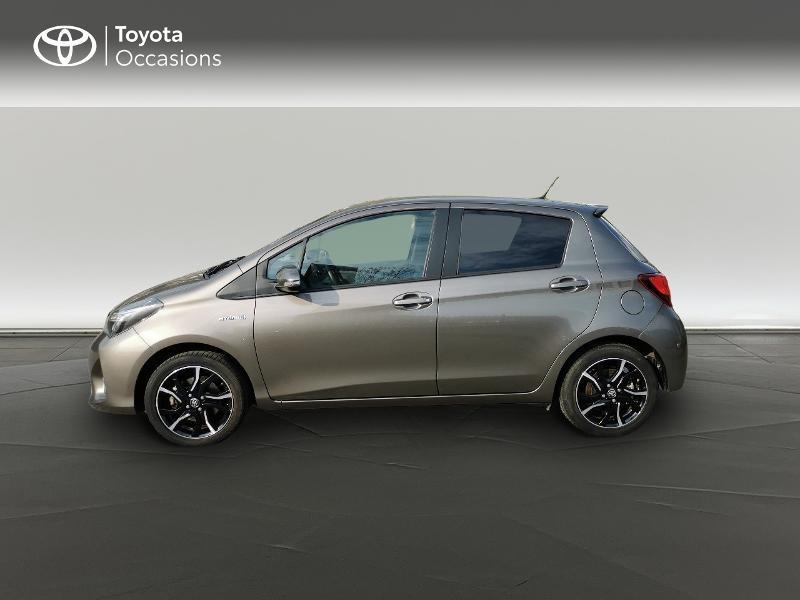 Toyota Yaris HSD 100h Design City TSS 5p Gris occasion à Magny-les-Hameaux - photo n°3