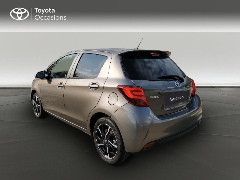 Toyota Yaris HSD 100h Design City TSS 5p Gris occasion à Magny-les-Hameaux - photo n°2