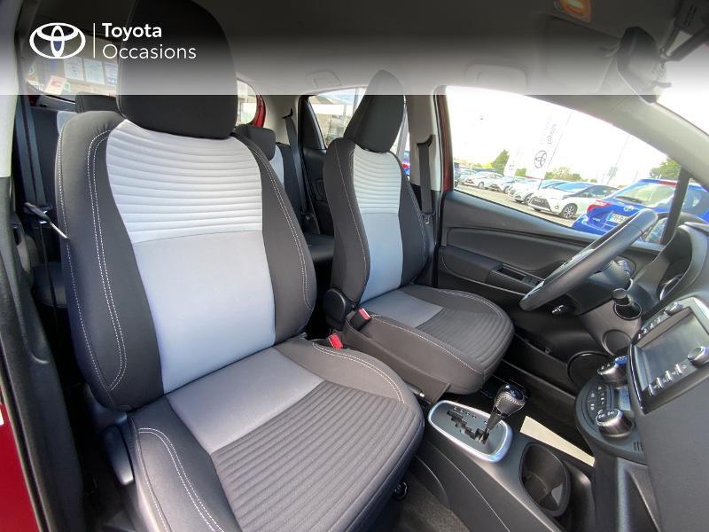 Toyota Yaris HSD 100h Dynamic 5p Rouge occasion à Pluneret - photo n°6