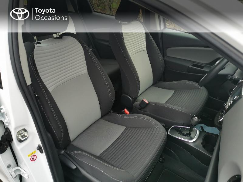 Toyota Yaris HSD 100h France 5p Blanc occasion à Magny-les-Hameaux - photo n°6