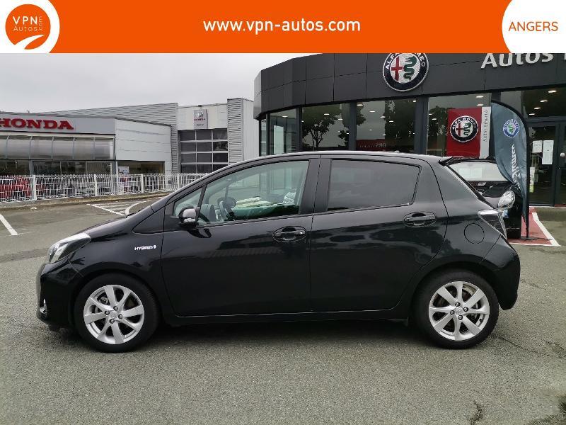 Toyota Yaris HSD 100h Graphic 5p Noir occasion à Angers - photo n°5