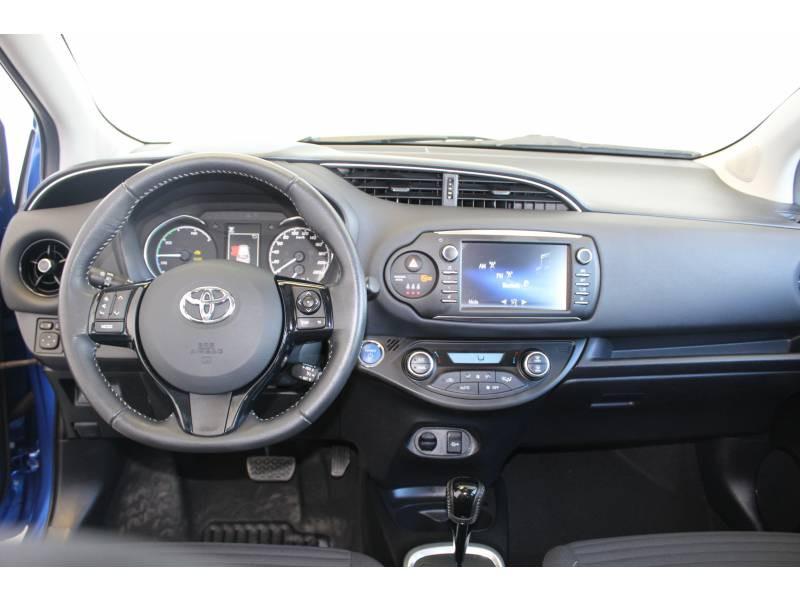 Toyota Yaris HYBRIDE MC2 100h Dynamic Bleu occasion à Montauban - photo n°20
