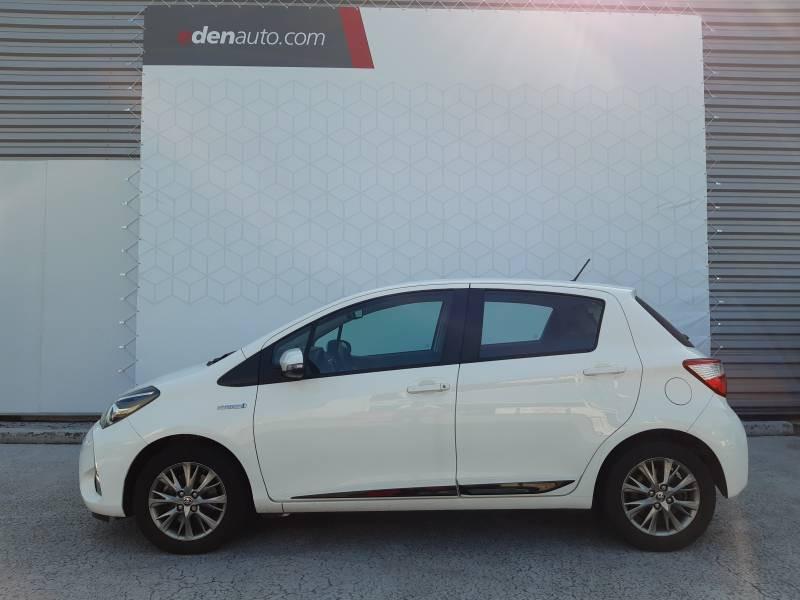 Toyota Yaris HYBRIDE MY19 100h Dynamic Blanc occasion à Brive-la-Gaillarde - photo n°2