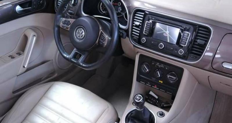 Volkswagen Beetle 1.6 TDI 1O5CV DESIGN GPS CUIR CLIM COUPE VENT Marron occasion à Sombreffe - photo n°7