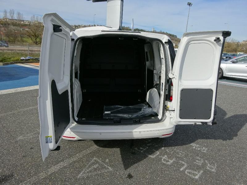 Volkswagen Caddy Van 2.0 TDI 102ch Van Blanc occasion à Onet-le-Château - photo n°5