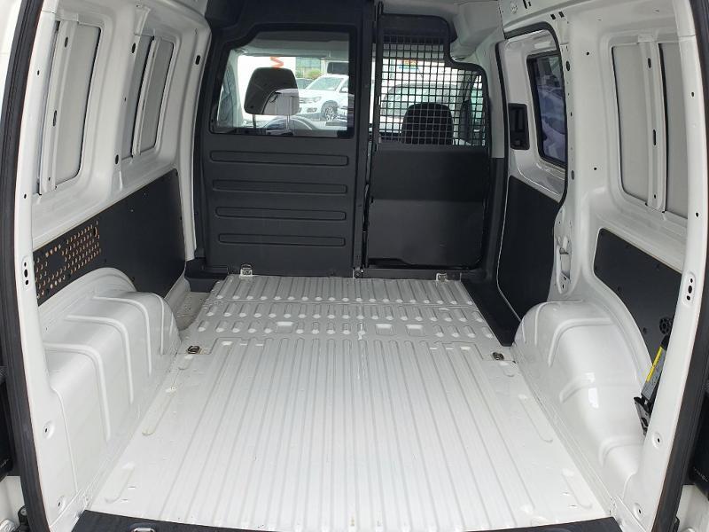 Volkswagen Caddy Van 2.0 TDI 150ch Business Line Blanc occasion à Albi - photo n°8