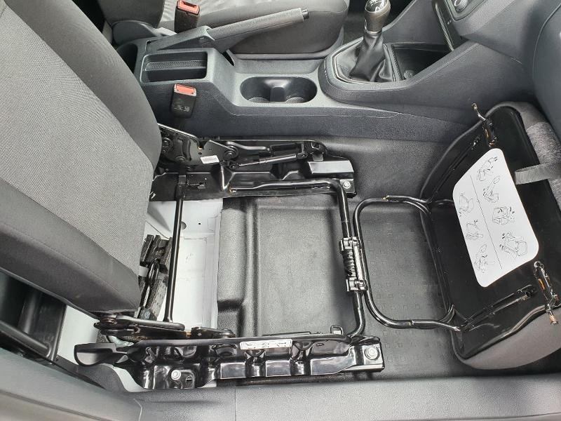 Volkswagen Caddy Van 2.0 TDI 150ch Business Line Blanc occasion à Albi - photo n°15
