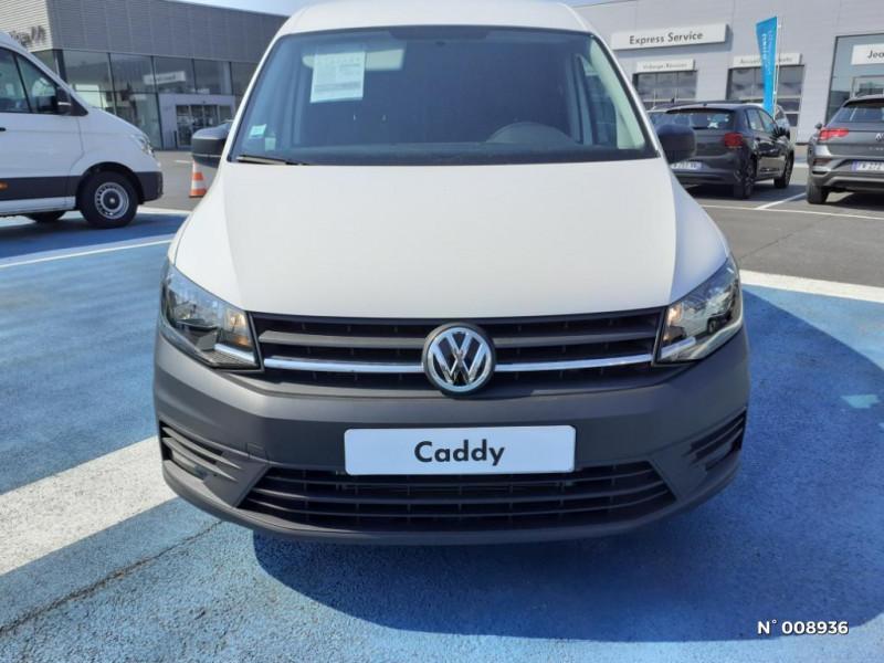 Volkswagen Caddy Van Maxi 2.0 TDI 102ch Business Line Blanc occasion à Mareuil-lès-Meaux - photo n°2