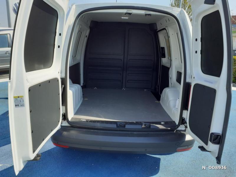 Volkswagen Caddy Van Maxi 2.0 TDI 102ch Business Line Blanc occasion à Mareuil-lès-Meaux - photo n°14