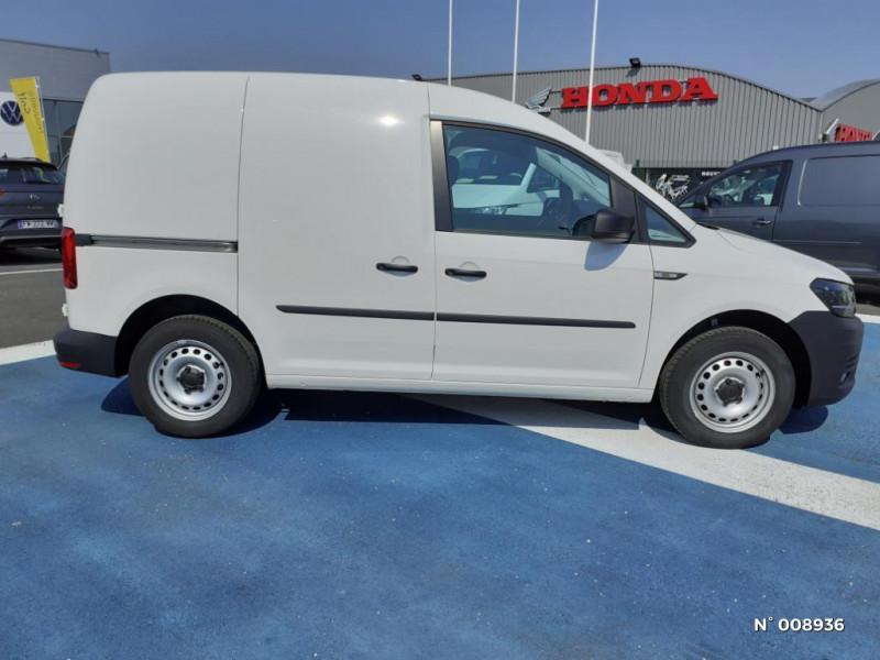 Volkswagen Caddy Van Maxi 2.0 TDI 102ch Business Line Blanc occasion à Mareuil-lès-Meaux - photo n°7