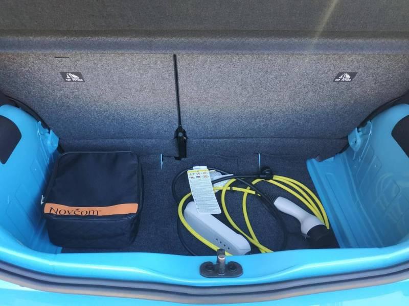 Volkswagen e-Up E-UP! 2.0 Electrique Bleu occasion à VANNES - photo n°6