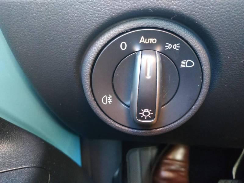 Volkswagen e-Up E-UP! 2.0 Electrique Bleu occasion à VANNES - photo n°15