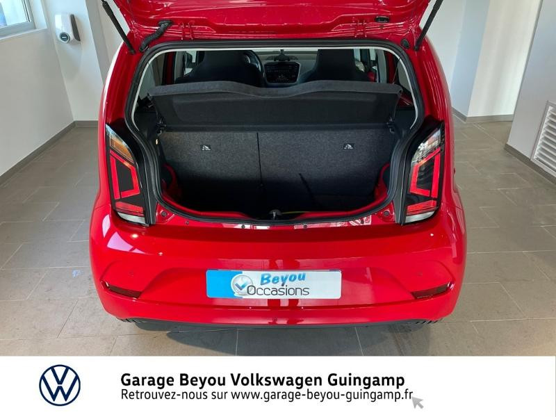 Volkswagen e-Up Electrique 83ch Rouge occasion à Lannion - photo n°12