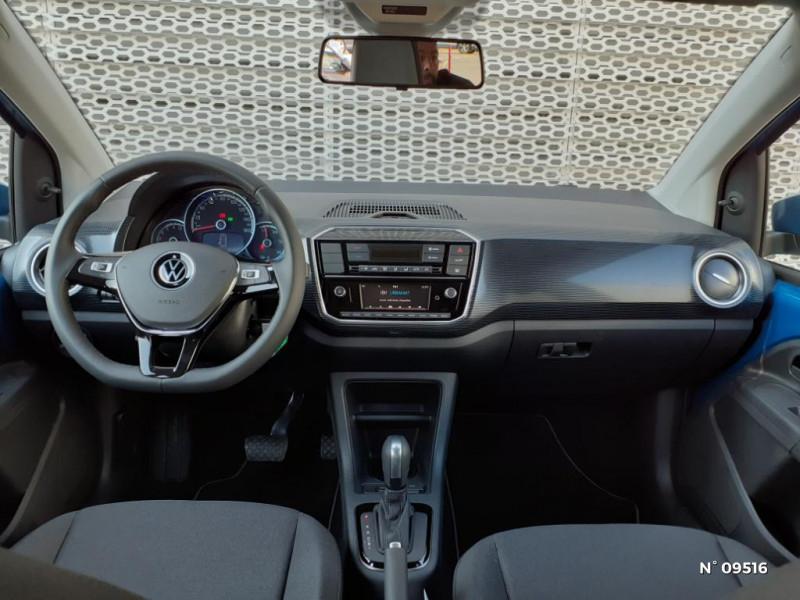 Volkswagen e-Up Electrique 83ch Bleu occasion à Mareuil-lès-Meaux - photo n°4