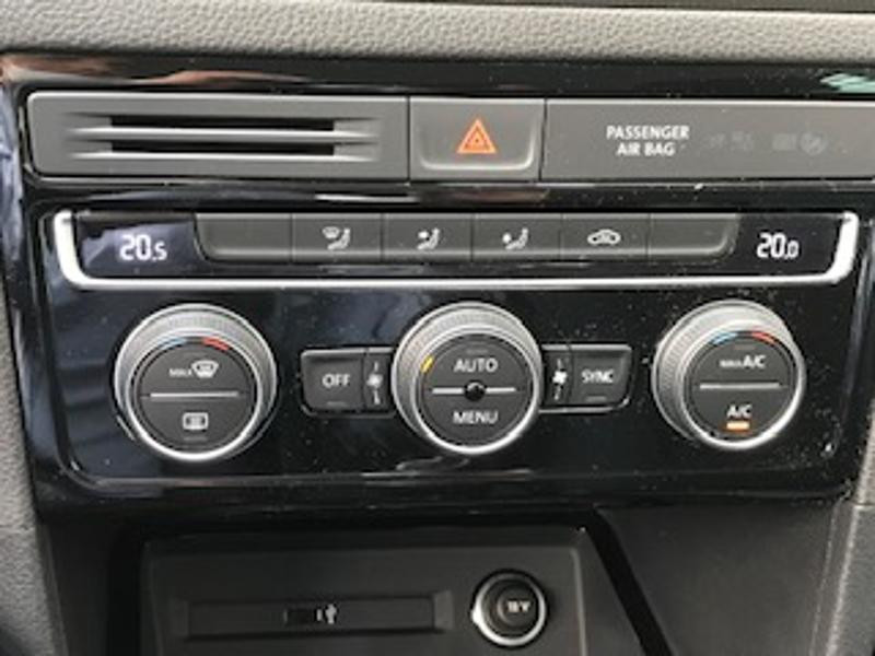 Volkswagen Golf Sportsvan 1.6 TDI 115ch BlueMotion Technology FAP IQ.Drive Euro6d-T Argent occasion à LESCAR - photo n°12