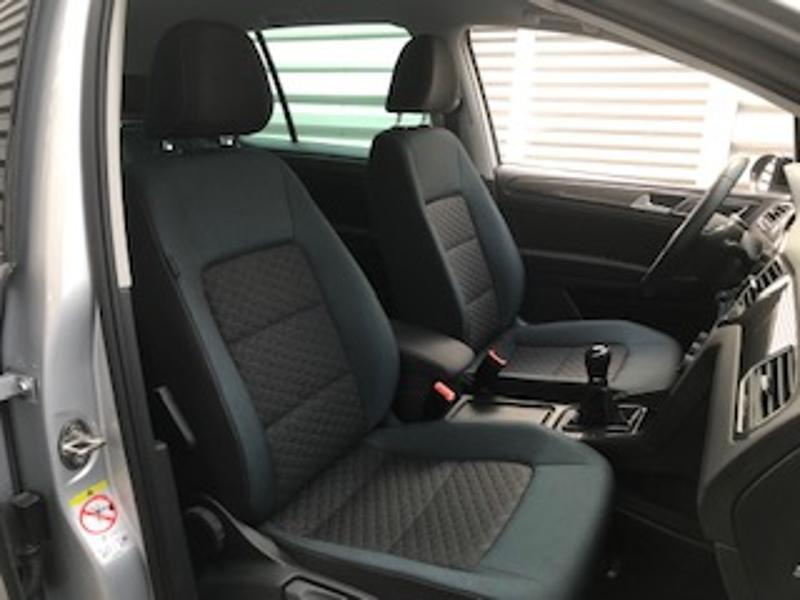 Volkswagen Golf Sportsvan 1.6 TDI 115ch BlueMotion Technology FAP IQ.Drive Euro6d-T Argent occasion à LESCAR - photo n°6