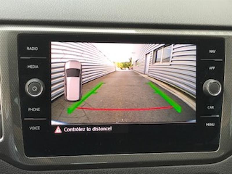 Volkswagen Golf Sportsvan 1.6 TDI 115ch BlueMotion Technology FAP IQ.Drive Euro6d-T Argent occasion à LESCAR - photo n°8