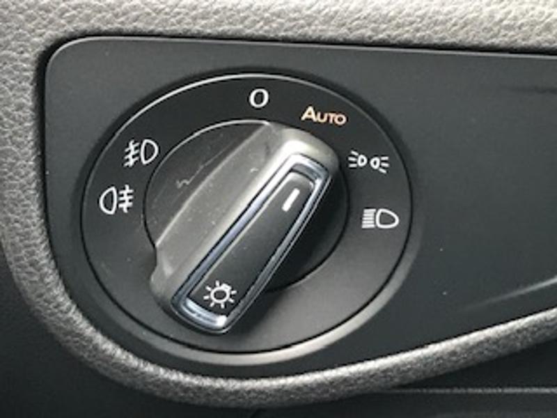 Volkswagen Golf Sportsvan 1.6 TDI 115ch BlueMotion Technology FAP IQ.Drive Euro6d-T Argent occasion à LESCAR - photo n°15