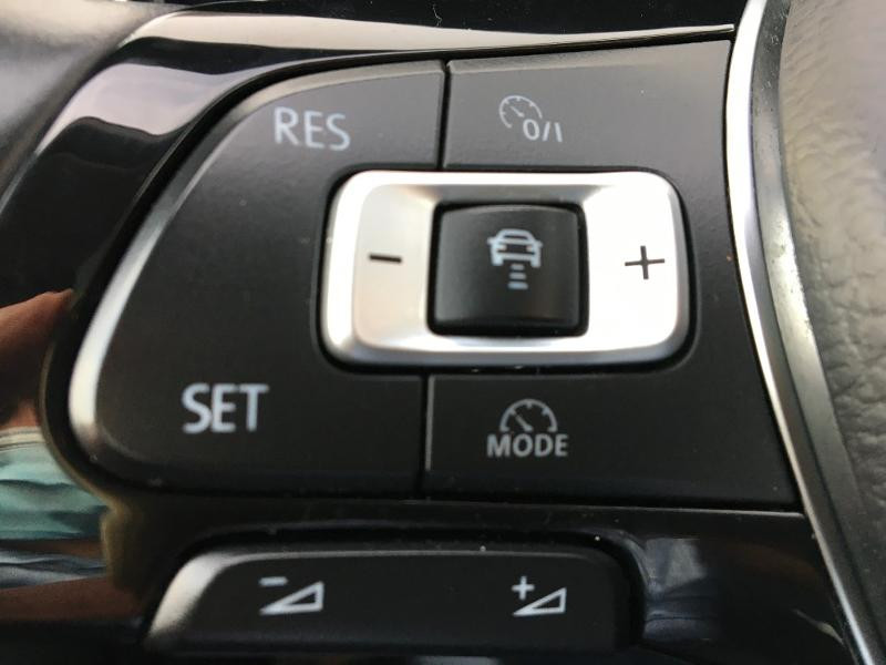 Volkswagen Golf Sportsvan 1.6 TDI 115ch BlueMotion Technology FAP Sound DSG7 Noir occasion à Mende - photo n°10