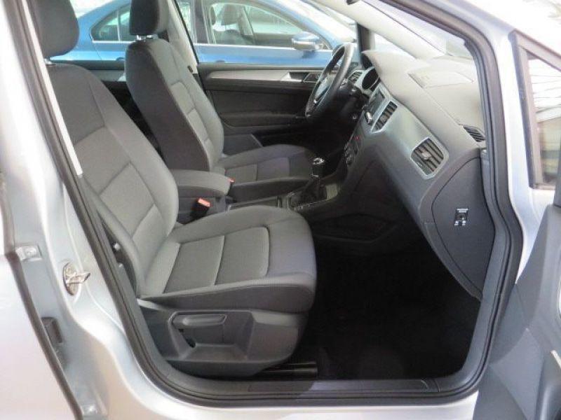 Volkswagen Golf Sportsvan VII 1.6 TDI 110 Gris occasion à Beaupuy - photo n°5