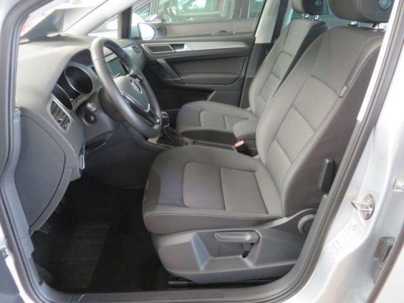 Volkswagen Golf Sportsvan VII 1.6 TDI 110 Gris occasion à Beaupuy - photo n°4