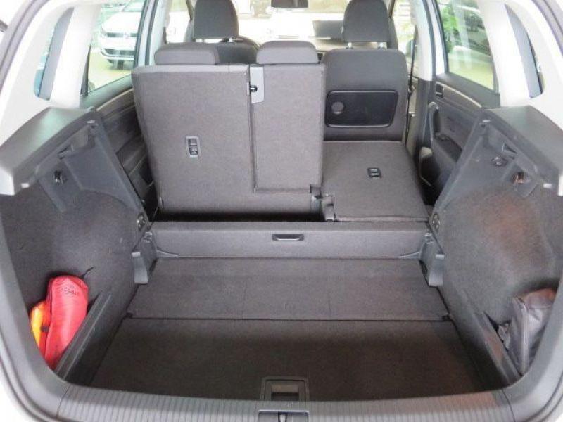 Volkswagen Golf Sportsvan VII 1.6 TDI 110 Gris occasion à Beaupuy - photo n°6