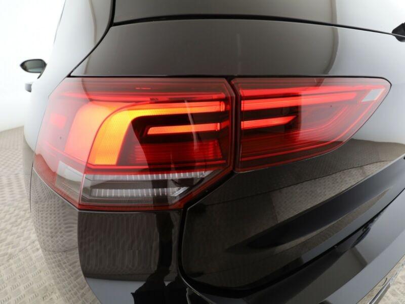 Volkswagen Golf VII 1.5 ETSI OPF 150CH  R-LINE 1ST DSG7 Noir occasion à Villenave-d'Ornon - photo n°9
