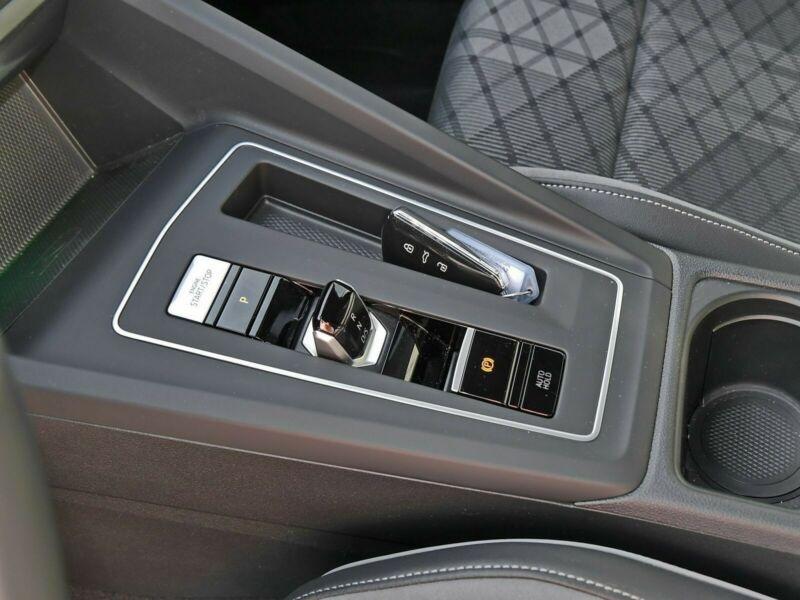 Volkswagen Golf VII 1.5 ETSI OPF 150CH  R-LINE 1ST DSG7 Blanc occasion à Villenave-d'Ornon - photo n°8