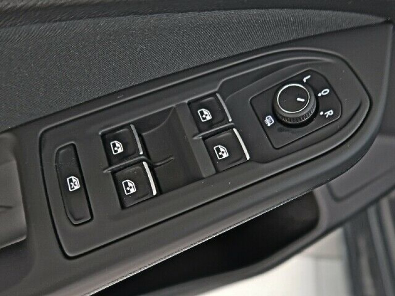 Volkswagen Golf VII 2.0 TDI SCR 150CH  LIFE 1ST DSG7 Gris occasion à Villenave-d'Ornon - photo n°8
