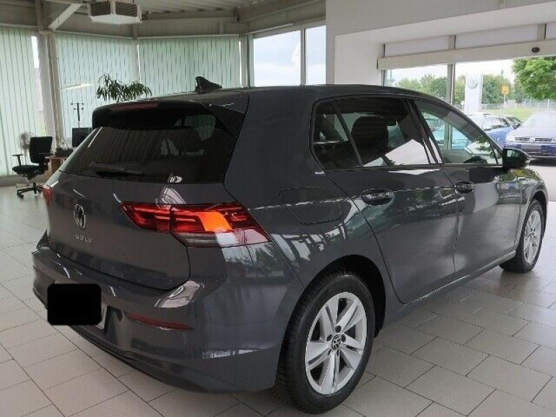 Volkswagen Golf VII 2.0 TDI SCR 150CH  LIFE 1ST DSG7 Gris occasion à Villenave-d'Ornon - photo n°2