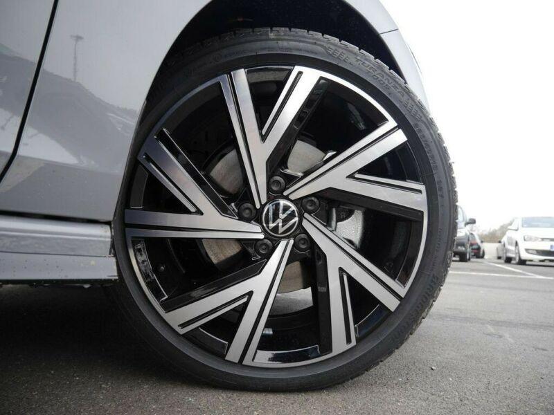 Volkswagen Golf VII 2.0 TDI SCR 150CH  R-LINE 1ST DSG7 Gris occasion à Villenave-d'Ornon - photo n°3