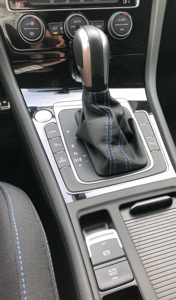 Volkswagen Golf VII Golf Hybride Rechargeable 1.4 TSI 204 DSG6 GTE 5p Noir occasion à Grésy-sur-Aix - photo n°11